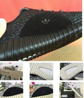 Cheap YEEZY BOOST 350 BLACK Running Shoes Trainers Shoes With Box Sports Shoes Kanye West Yeezy Basketball Shoes Dropshipping Accepted