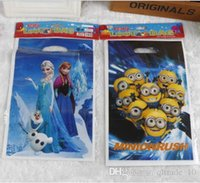 anna shopping bags - 3000 BBA4480 new Christmas gift bags Minions frozen Elsa Anna pig loot bags plastic shopping souvenir bag candy snack bags party decoration
