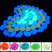 achat en gros de belle décoration-100pcs Nice Glow in the Dark Stones Pebbles Fish Tank Aquarium Home Garden Decor