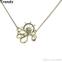 antiqued brass necklace - New Steampunk Rhinestone Eyes Bronze Octopus Helm Pendant Retro Antiqued Style Link Chain Necklace Best Gifts STPK15042
