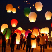 Cheap 10pcs lot Chinese Traditional Wishing Lantern Oval Shape Sky Fire Balloon Halloween New Year Festival Supplies L901