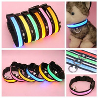 Wholesale 2016 Pet Dog LED Collar Glow Cat Collars Flashing Nylon Neck Light Up Training Collar for dogs Colors Sizes Pet Supplies Dog Collars