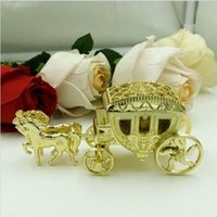 Wholesale European Styles Romantic Wedding Candy Boxes Golden Carriage Candy Bags Wedding Holder Favor Chocolate Gift Boxes