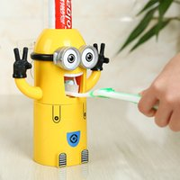Wholesale Nice minions minion Despicable Me Design Set Cartoon Toothbrush Holder Automatic Toothpaste Dispenser with Brush Cup gifts children gift