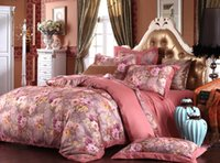 Wholesale High Grade Wedding Gift Light Coral Hollow Out Jacquard Cotton Bed Suite Factory Direct Sale Comforter Set King Queen size Bedding Supplies