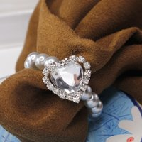 Wholesale White Heart Shape LOVE Big Rhinestone Shiny Pearls Crystal Napkin Rings For Wedding Party Table Decoration Supplies