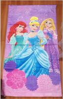 10% DE DESCUENTO 60 * 120cm, 3pcs toalla 2015 Nueva venta barata historieta de la manera Barbie Toallas bebé baño toalla de playa de la princesa Cenicienta / lot gota de envío