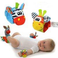 baby developmental - 4Pcs Socks Wrists Hot New Infant Baby Kids Sock And Wrist Rattles Cute Intellectual Developmental Toys Animal