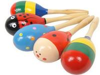 2015 grátis transporte inteligente instrumento areia Mini martelo cores misturadas do bebê de madeira brinquedo chocalho Mini bebê fofo maracas