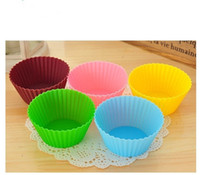 Wholesale 7CM Candy Color Silicone baking Cake cup Baking Moulds Muffin Cup Cake Moulds FDA SGS Non toxic Tasteless Non stick Bakeware Cupcakes