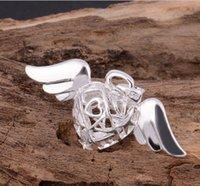 Wholesale 2015 Jewelry trade explosion models sterling silver heart shaped pendant Europe angel wings single pendant large spot