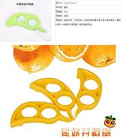 Wholesale Kitchen gadgets new creative mouse open orange device peel orange device orange skinned easy to carry