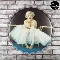 Wholesale 40cm Round SEXY MONROE IN WHITE WEDDING DRESS beer bottle cap Metal sign bar poster D style