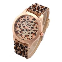 leopard watches - Hot Geneva Leopard Watch Unisex quartz watch fashion men Wristwatches for women gold color dress watch GH10