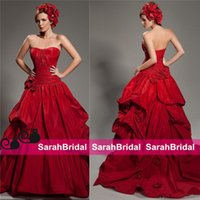beach wedding ideas - 2016 Fall Winter Red Taffeta Halloween Wedding Dresses Ideas Unique Vintage Design Colored Bridal Masquerade Bustle Vampire Party Ball Gowns