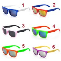 sunglass 3025 - DHL Newest Style Children s Sunglasses Lovely Ken Block Glasses Sunglasses Dazzling Colors Film Sunglass For Children