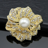 amber supplies - 2016 Free postage Korean Korean version of the upscale diamond flower brooch pearl brooch bouquet flower brooch pin holding supply