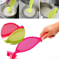 Wholesale Sale High Quality Kitchen Creative Tool Cute Rice Washing Device by Hand and Retails