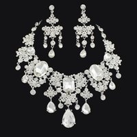 Wholesale 2015 New Bridal Wedding Party Jewelry Sets Rhinestone Earring Necklace Swarovski Crystal