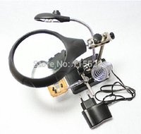 Wholesale Illuminated Magnifier Desktop Circuit Board Repair Hand Tool Auxiliary Clip Magnifier With LED order lt no track