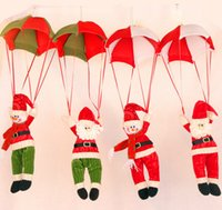Wholesale New style Christmas Ornament Cute Lovely Toy Santa Claus Snowman Doll Parachute Indoor Outdoor Home Xmas Decoration