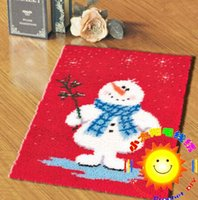 Wholesale DIY Mat Needlework Kit Unfinished Crocheting Rug Yarn Cushion Embroidery Carpet Snow Man
