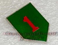 army lapel pin - 2016 Hot Sale New Militaire Medailles German Medal Badge Ussr Us Army First Division a Red Brooch Small Metal Badge Lapel Pin