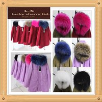 Wholesale High quality long genuine natural real fur coat winter jacket women parkas raccoon fur collar hooded padded jacket female