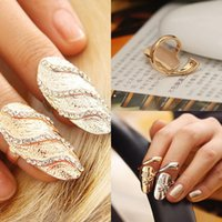 Wholesale Cute Retro Masonic Rings Queen Rhinestone Crystal Waves Design Gold Silver Ring Finger Nail Cute Retro Queen Rhinestone Crystal