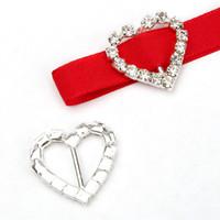 Wholesale 50pcs mm Heart Rhinestone Buckle Invitation Ribbon Slider for10mm Ribbons Wedding Supply Gift Wrap Hairbow Center