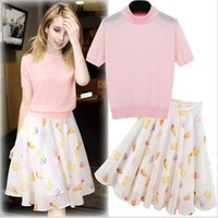 Wholesale Spring New Women Clothing Set Clothes Tops skirts Two Pieces Fashion Printing Casual Sets