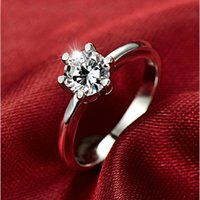 Wholesale Fashion diamond ring authentic female in sterling silver ring ring classic claw ring