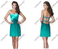 Cheap Sweetheart Neckline Ruched Bodice Chiffon Short Ombre Cocktail Dress Prom Party Homecoming Dress Green Gardient Crossed Beaded Back