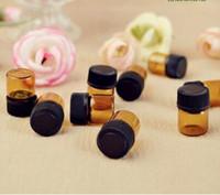 libre 10000sets d'expédition beaucoup 1ML (1 dram 4) bouteilles de verre ambré, flacon d'échantillon, petite bouteille d'huile essentielle avec capuchon noir et bouchon