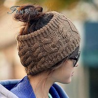 Wholesale New Fashion Design Elastic Acrylic Knitting Beanies and Wool for Women s Gift in Winter