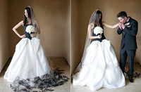 black and white wedding dress - Special Black and White Wedding Dresses Strapless Pick ups Chapel Train A Line Wedding Gowns With Long Lace Veil Custom Made