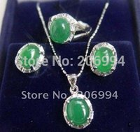 Wholesale fashion jewelry beautiful green jade earring ring necklace set