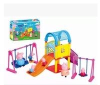 Wholesale New pig a suit with car with snack bag Villa pigs with tableware play toys