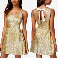 Wholesale Cheap Gold Backless Graduation Dresses A Line Sequined Scoop Neckline Homecoming Dress Short Mini Prom Gowns For College