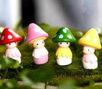 aquariums decor - 4pcs Kawaii Mushroom Doll Home furnishings aquarium bonsai garden decor Terrarium Resin Crafts Gnome Miniature fairy Figurine