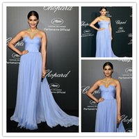 Reference Images Scoop Chiffon Sonam Kapoor Blue Strapless Chiffon Celebrity Dress Chopard Dinner Cannes 2014 celebrity dresses 2014 Summer Autumn Vestidos Casual
