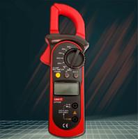 Wholesale HOT SALE UNI T UT200B LCD Electrical Professional Backlight AC DC Voltage AC Current Resistance Digital Clamp Meters Megohmmeter