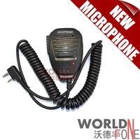 Wholesale Original Baofeng TG UV2 Handheld Microphone Speaker MIC for radio UV R A E UV B5 UV B6 BF S BF S walkie talkie
