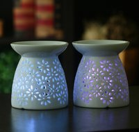 Wholesale Hollow white minimalist candle cup wedding birthday candle holder Ceramic Home Furnishing decoration
