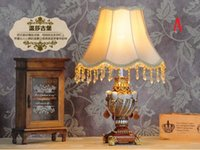 Wholesale European Fashion bed lighting fashion princess table lamp new classical table lamp bedroom bedside lamp luxury rustic marriage
