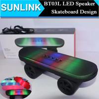 Recensioni Car subwoofer speaker-BT03L Skateboard mini altoparlante stereo Bluetooth con LED audio Suono Luce portatile senza fili Subwoofer Car Handsfree MIC FM del giocatore di musica Box