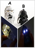 Wholesale Star Wars Starwars Toys black knight Stromtrooper Pendant phonate luminous Keychains Key Ring YCK60