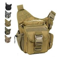 Wholesale Strengthen edition outdoor sacheted professional camera messenger camera multifunctional men bag lightweight durable Army