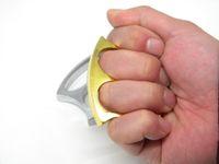 Wholesale Fashion Men Jewelry Trendy Equipment finger Knuckles Punch button man Colors steel finger Drop Boxing Tekken Hand Buckle