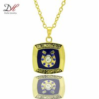 baltimore colts football - 2015 Daihe Brand New Baltimore Colts Football Team Logo Pendant Necklace Gold Crystal Championship Necklaces For Fans Collection NC4665